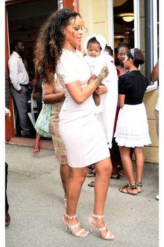 Rihanna Shows Her Ladylike Side for Christening Rihanna Baby, Rihanna Show, Rihanna Mode, Rihanna Style, Rihanna Fenty, Beyonce, Rihanna Outfits, Estilo Rihanna, Looks Rihanna