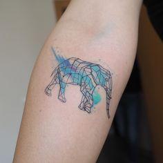 Geometric and watercolor elephant #tatto #tatoo #тату  www.tatoo24.wordpress.com