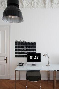 Wandtattoo+aus+Tafelfolie+Kalender+von+EULENSCHNITT+HAMBURG+auf+DaWanda.com