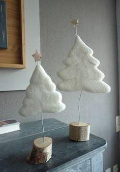 Esther van Tienhoven. Gevilte kerstboompjes.