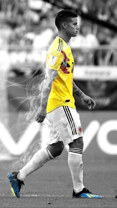 James Rodriguez, Colombia Soccer Team, Equipe Real Madrid, Soccer Photography, World Cup Russia 2018, Fc Bayern Munich, Football Memes, Falling In Love With Him, Neymar