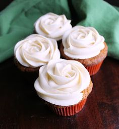 Top your favorite treats with this easy to make caramel buttercream. Just imagine all of the cakes, cupcakes and cookies it could go on! Caramel Buttercream Frosting, Cake Frosting Recipe, Homemade Frosting, Cookie Frosting, Frosting Recipes, Dessert Recipes, Desserts, Cake Recipes, Buttercream Roses