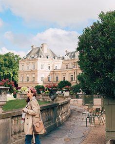 #paris #JardinduLuxembourg Places To Travel, Travel Destinations, Beautiful Paris, Aesthetic Photo, Parcs, Travel Bugs, French Style, Beverly Hills, Dolores Park