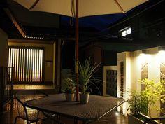 デッドスペースを有効活用。光で上品に仕上げた和洋折衷空間。 #lightingmeister #pinterest #gardenlighting #outdoorlighting #exterior #garden #light #house #home #deadspace #effectiveuse #elegance #japanese #garage #rooftop #デッドスペース #有効活用 #上品 #光 #和洋折衷 #照明 #家 #庭 #ガレージ #屋上 Instagram https://instagram.com/lightingmeister/ Facebook https://www.facebook.com/LightingMeister