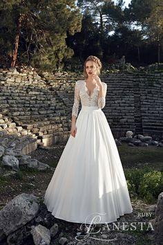 Ruby wedding dress collection 2017 Lanesta