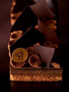 PLAISIR INTENSE (Tender almond cake, chocolate ganache, dark chocolate flaky praline, chantilly cream and layers) _ Pierre Hermé
