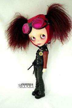 Vinyl Helmet and Goggles by Atomic Blythe...a most beautifulest Twisted toy. I love her!