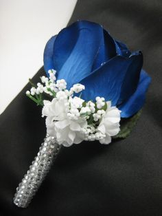 Navy Blue Wedding Groom Silk Flower Rose Boutonniere Crystal Rhinestone Stem Source by etsy Prom Flowers, Blue Wedding Flowers, Silk Roses, Silk Flowers, Corsage Wedding, Wedding Bouquets, Blue Corsage, Blue Wedding Decorations, Wedding Centerpieces