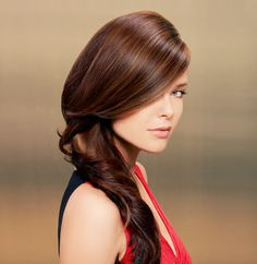 """Wella Professional Master Colorist Eva Scrivo loves luscious, rich color this season. Here, she gives a model a warm brunette shade created with multiple hues for added depth and dimension. Mixing up different formulas and volumes of developers allows Scrivo maximum creativity. """"It is a wonderful range of brightness offering different tonal values and warmth in the hair,"""" she says. """"This creates subtle variations without having to reformulate."""""""