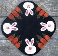 Carrots and Cottontails love this found the design team in primative quilts and projects