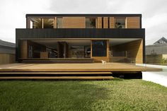 The Narrabeen House by Choi Ropiha Fighera