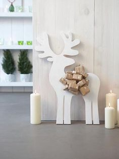 Advent calendar Christmas reindeer and packages, package decoration ideas Noel Christmas, Scandinavian Christmas, Winter Christmas, Christmas Crafts, Christmas Decorations, Reindeer Christmas, Modern Christmas, Christmas Baubles, Diy Advent Calendar