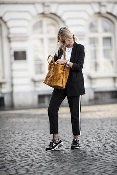 1ba01f57d759 Travel outfit Look De Printemps, Mode Automne, Mode Femme Tendance,  Vêtements Tendance,