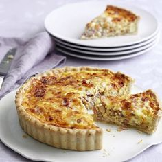 A Quiche Lorraine recipe by Mary Berry on HOUSE - design, food and travel by House & Garden. Great British Bake Off, Mary Berry Quiche Lorraine, Quiches, Lorraine Recipes, Best Quiche Lorraine Recipe, Dairy Free Quiche Lorraine, Best Quiche Recipe Ever, Best Quiche Recipes, Picnic Recipes