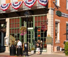 Best Small Towns in Illinois