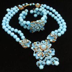 Miriam Haskell Necklace Bracelet Set Vintage – World of Eccentricity Charm Gothic Jewelry, Luxury Jewelry, Antique Jewelry, Vintage Jewelry, Silver Jewelry, Handmade Jewelry, Custom Jewelry, Hippie Jewelry, Tribal Jewelry
