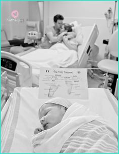 Birth Photographer Labor And Delivery Photos Thebump Com - Theyve Had The Honor Of Witnessing And Documenting Some Incredible Birth Stories Its No Secret Tears Are Shed In The Delivery Room Often The One Person Who Gets To Bear Wi Birth Photos, Pregnancy Photos, Birth Pictures, Labor Photos, Room Pictures, Pregnancy Info, Pregnancy Announcement Pictures, New Baby Photos, Newborn Announcement
