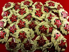 Soviet Military Russian Army USSR Red Star Hat Pin Badge 100 Pieces//