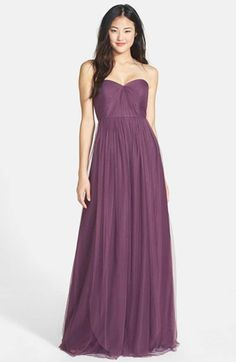 Free shipping and returns on Pisarro Nights Beaded Mesh Dress (Regular & Petite) at Nordstrom.com. Ornate floral beadwork covers the long mesh overlay of an Art Deo-inspired gown fashioned with a zigzag design that flatters your waist.