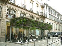 Trussardi Café, Milan   Vertical Garden Patrick Blanc