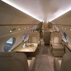 The Opulent Lifestyle - Gulfstream Corporate Jets