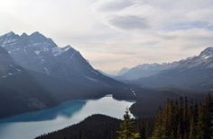 This West Canada road trip itinerary takes you from Vancouver to Calgary across National Parks, quaint towns and the most scenic vistas along Highway Ohio, Becoming Minimalist, Free High Resolution Photos, Lake Mountain, Mountain View, Sky And Clouds, Blue Clouds, Made In France, Free Stock Photos