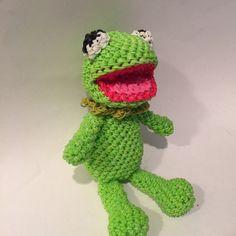 Kermit the Frog Rubber Band Figure, Rainbow Loom Loomigurumi, Rainbow Loom Disney by BBLNCreations on Etsy  Loomigurumi Amigurumi Rainbow Loom