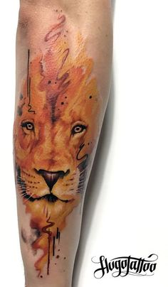 Watercolour lion tattoo by Hugo Tattoo