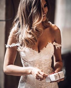 Wedding Dress Off the Shoulders in Lace wedding gown Romantic Wedding Dresses — the bohemian wedding Wedding Robe, Dream Wedding Dresses, Wedding Dress Styles, Designer Wedding Dresses, Bridal Dresses, Wedding Gowns, Wedding Ceremony, Boho Wedding, Ivory Wedding