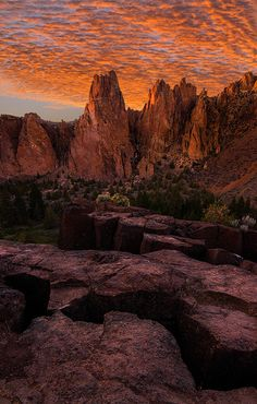 Sky on Fire, Stellar Canyon, Smith Rock State Park, Oregon, United States