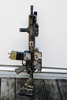 Rifles, Ar Rifle, Guns Dont Kill People, Ar 15 Builds, Submachine Gun, Military Guns, Cool Guns, Assault Rifle, Guns And Ammo
