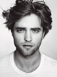 Robert Pattinson. I have to admit.. He's a rather dreamy fella.