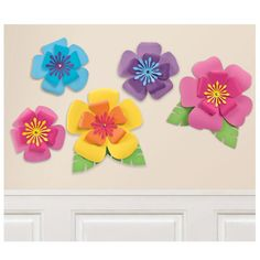 Paper Flowers Craft, Giant Paper Flowers, Flower Crafts, Diy Flowers, Flower Decorations, Fun Crafts, Crafts For Kids, Paper Crafts, Hibiscus Flowers