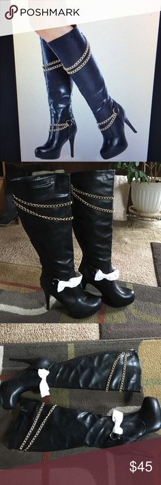 """Justfab boots NWOTstyle is """"Vaynas"""" heel is 5"""" up to the knee boots Gold hardware zip up the back man-made materials some of the hardware still factory wrapped JustFab Shoes Heeled Boots"""