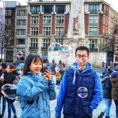 Humans of Amsterdam - Amsterdam con @waynabox   #likeawayner !! . . #traveltosurprise #travel #traveling #viajes #trips #travelblogger #travelingtheworld #amsterdam #holland #netherlands #iamsterdam #wunderlust #instapics #pics #instagood  #pomp #humans #humansofamsterdam waynabox.com