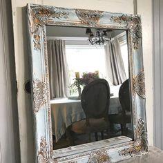 Chippy Blue Painted Mirror Bathroom Mirror – Hallstrom Home Old Mirrors, Ornate Mirror, Mirror Makeover, Diy Mirror, Mirror Ideas, Farmhouse Bathroom Mirrors, Mirror Bathroom, Master Bathroom, Bathroom Ideas