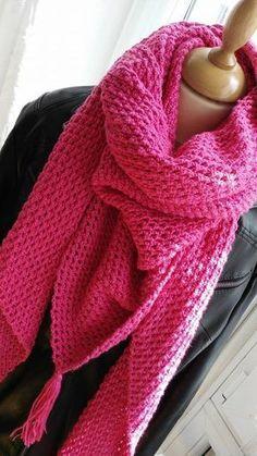 Crochet   comment réaliser un grand chèche (ou châle) au crochet   Châle En 846f176c0ad
