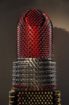 Giant Lipstick Sculpture Made From 5000 Tubes By Agne Kisonaite - Giant Lipstick Sculpture Made From 5000 Tubes By Agne Kisonaite - Makeup Display, Cosmetic Display, Cosmetic Shop, Peach Lipstick, Lipstick Tube, Display Design, Store Design, Cream For Dry Skin, Sculpture