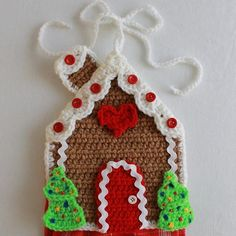 Design by: Donna Collinsworth Skill Level: Easy Sizes: Hot Pads: about tall Towel Topper: about tall (without towel) Materials: Worsted Weight Yarn; For each Gingerbread Girl / Gingerbread Boy Crochet Diy, Easy Crochet Patterns, Crochet Hooks, Potholder Patterns, Knitting Patterns, Popular Crochet, Christmas Crafts, Christmas Ornaments, Crochet Christmas