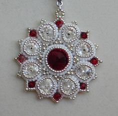 Bead / Pendant / Tutorial / Pattern / Instuctions by poetryinbeads