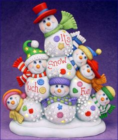 Resultado de imagen para clay magic inc catalog view Christmas Makes, Christmas Snowman, Handmade Christmas, Xmas Ornaments, Christmas Decorations, Biscuit, Holiday Images, Christmas Pictures, Polymer Clay Christmas