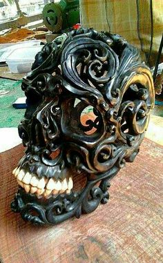Would you believe this is hand carved from wood? Memento Mori, Skull Hand, Skull And Bones, Wood Sculpture, Art Plastique, Wood Carving, Dark Art, Wood Art, Hand Carved