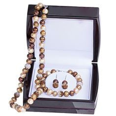 Hoppe Jewelers - 18 MULTI CHOC FW PRL NECK/BRAC/EARS W/SPARKLE BEADBOXED 3PC SET, $220.0 (http://www.hoppejewelers.com/18-multi-choc-fw-prl-neck-brac-ears-w-sparkle-bead-boxed-3pc-set/)