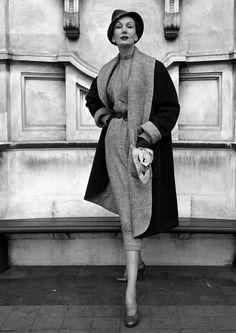 Barbara Goalen, 1950 photo by John French