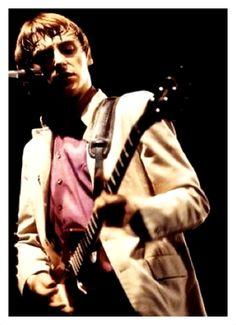WEMBLEY ARENA, LONDON; 05.12.1982 [1]