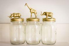 Beestige voorraadpotten goud