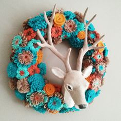 Herfst krans met bloemen van stof en garen - Fall wreath.