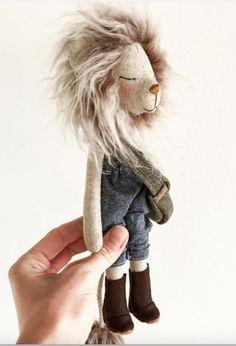 Lucas the Lion, by PeanutAndElliott