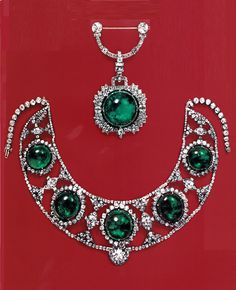 Princess Bibesco's Art Deco emerald and diamond tiara displayed as a necklace, and her pendant brooch, as they appeared in the auction catalogue of Christie's Geneva, 23 April 1970. The tiara was remodelled by Cartier in the early 1920s. Source: The Jewels of the Romanovs, by Stefano Papi.