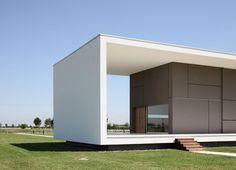 mnmlsm387:    House on the Stream Morella / Andrea...